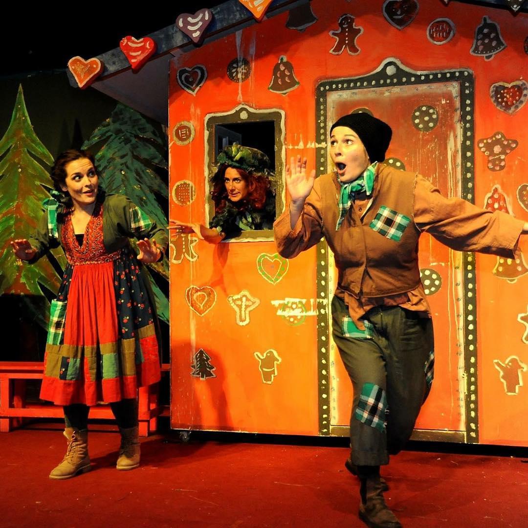 """Premiere """"Hänsel und Gretel"""". Gleich geht's los!!! Nachmittagsvorstellung Foto: Nicole Richter"""